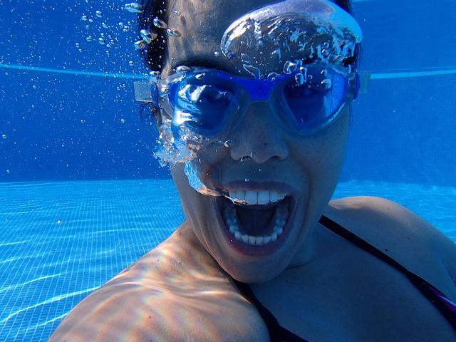 blbnutí pod vodou