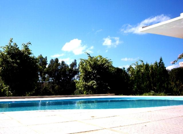 fotografie velkého bazénu