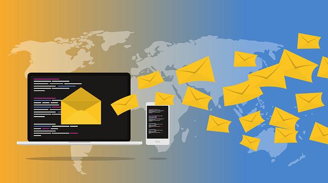 záplava e-mailů